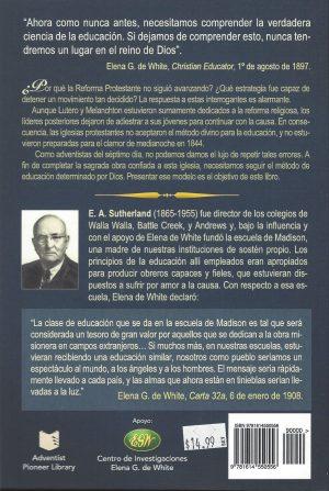 Estudios en Educacion Cristiana Spanish